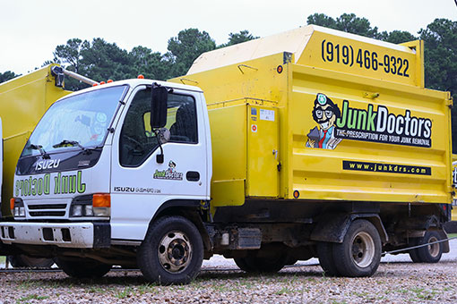 Junk Doctors was founded right here in North Carolina! When you choose Junk Doctors, you're choosing to support a local business and your local community.