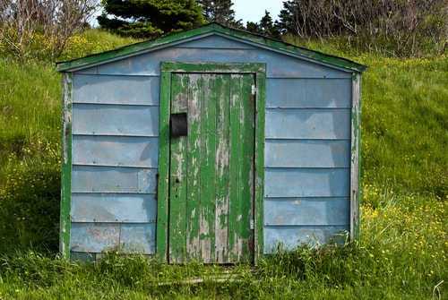 Old shed in need of shed removal services